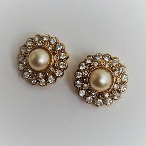 Stunning Pearl Clear Rhinestone VTG Earrings